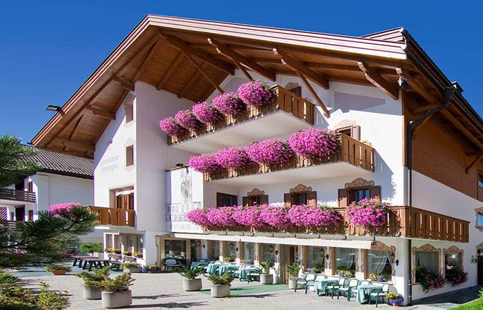 Hotel a dobbiaco 3 stelle hotel tschurtschenthaler - Hotel dobbiaco con piscina ...